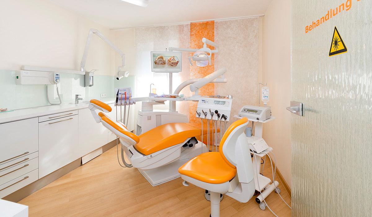 Zahnarztpraxis Dr. med. dent. Holger Detering Behandlungsraum
